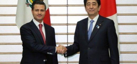 Peña Nieto, presidente de México, junto a su homólogo japonés, Shinzo Abe