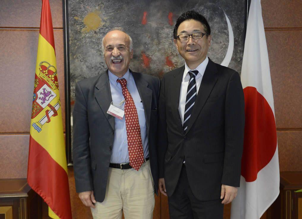 santiago-castillo-y-embajador-japon