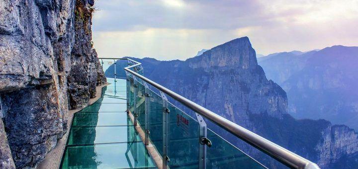 PUente de cristal más largo del mundo, en China